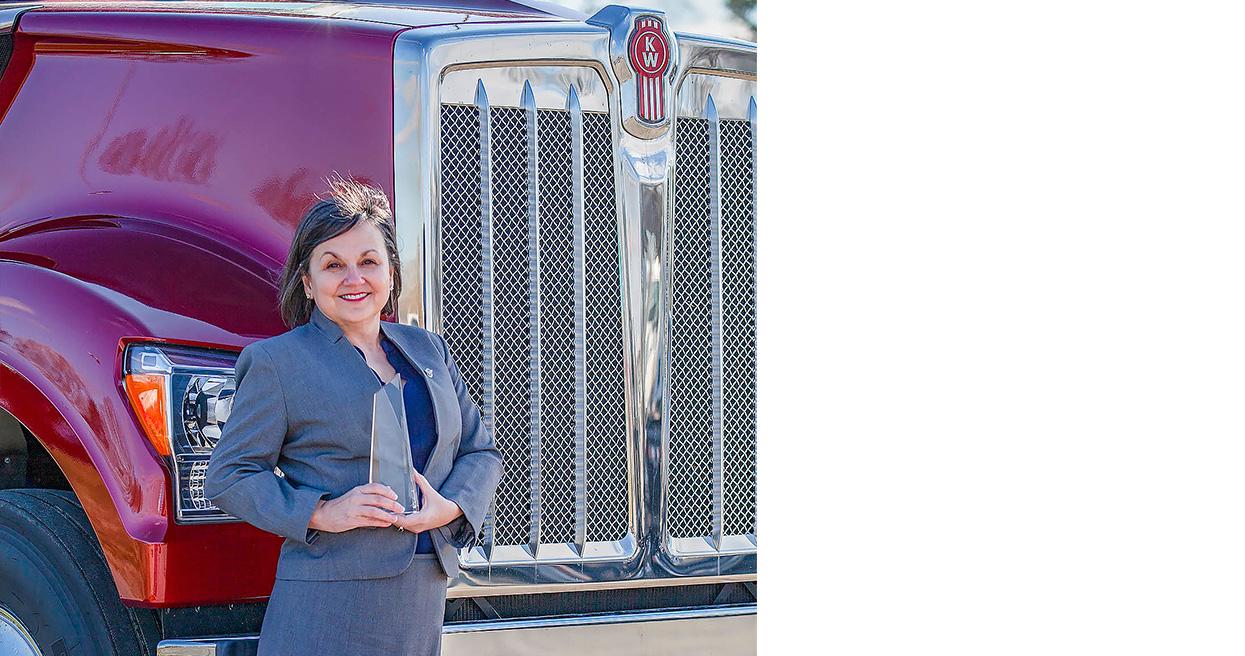 Jodie Teuton of Kenworth of Louisiana Receives 2020 Kenworth Industry Impact Award
