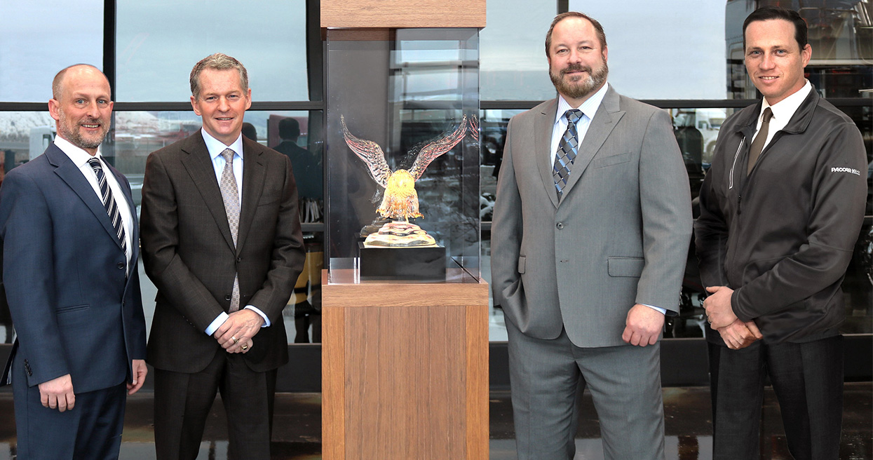 2020 Kenworth Dealer of the Year Award Winner Marked a Year for the Ages